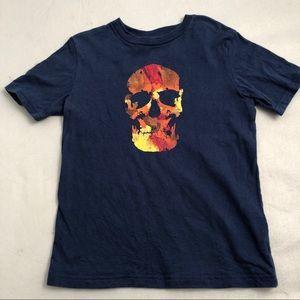 Gap blue crew neck multicolor skull t-shirt S= 6/7